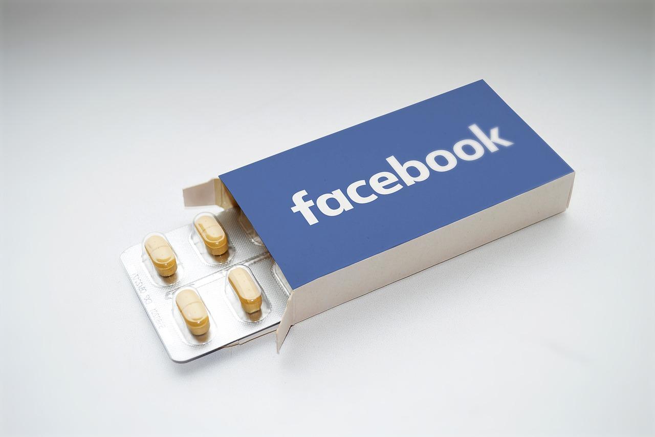 facebook-2387089_1280